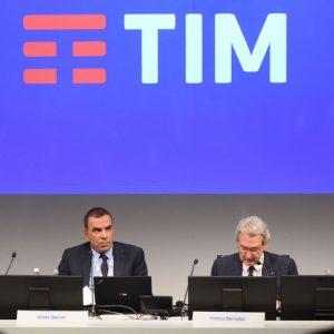 Telecom, vince il fondo Elliott: sconfitta Vivendi