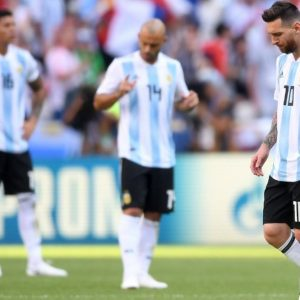 Mondiali: Messi e Ronaldo fuori, ai quarti Francia-Uruguay