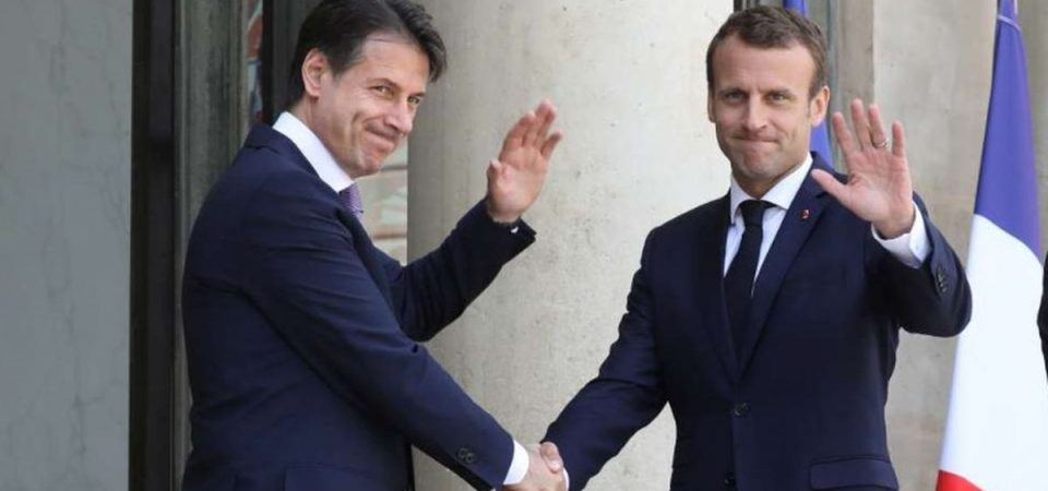 """Conte da Macron: """"Cambiare Dublino"""". Intesa sugli hotspot"""