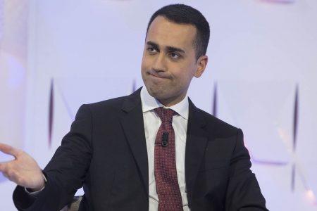 """Fattura elettronica, Di Maio: """"Stop sanzioni finché non sarà tutto chiaro"""""""