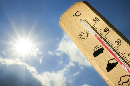 Meteo: weekend di sole, ma lunedì torna il caldo africano