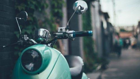 Assicurazione scooter: quanto costa? La classifica delle città