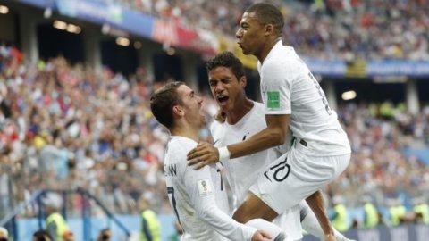 Mondiali, Francia prima semifinalista: Uruguay ko