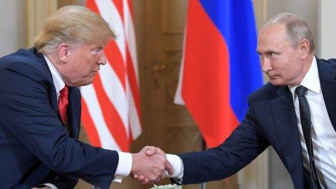 """Putin-Trump, il vertice del disgelo: """"E' finita la guerra fredda"""""""