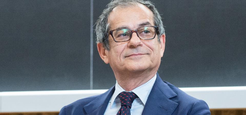 """Banche, Tria con Draghi: """"Tempi maturi per condivisione rischi"""""""