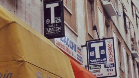Intesa Sanpaolo lancia il prelievo in tabaccheria