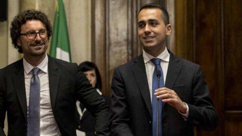 Cinque Stelle: retromarcia su Tav e Alitalia, No a Fs-Anas