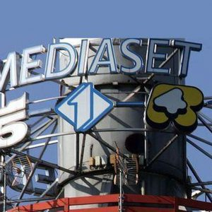 Borsa, riflettori su Mediaset e banche in rialzo