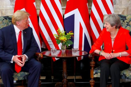 Brexit, Trump ci ripensa: Usa e Uk verso accordo di libero scambio