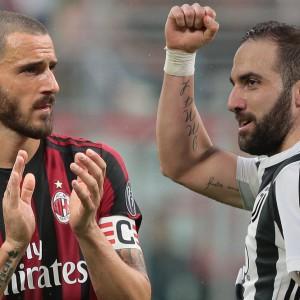 Higuain dalla Juve al Milan: con lui Caldara. Bonucci torna a Torino