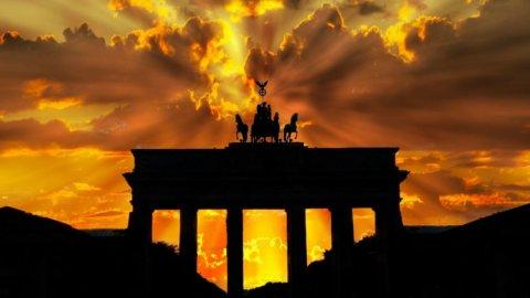 Germania: l'industria frena, Bundesbank taglia le stime sul Pil