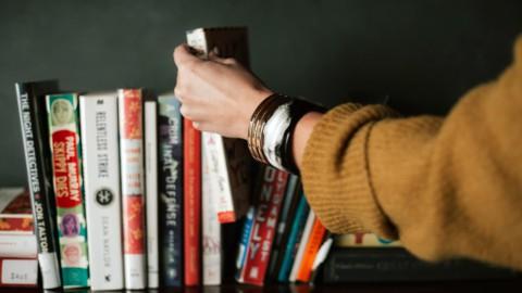 L'industria del libro e il suo declino: perchè perde tanto terreno