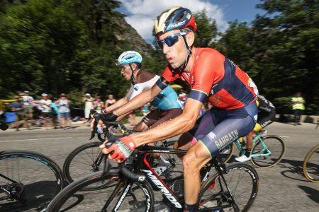 Tour: Nibali, che iella. Thomas fa il bis sull'Alpe