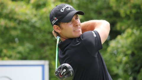 Golf, un italiano vince a Praga: l'impresa di Pavan