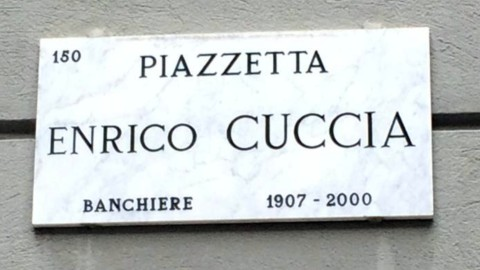 Piazzetta Cuccia, Mediobanca