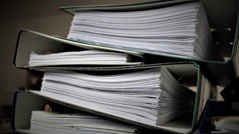 Burocrazia sul banco degli imputati: la sua nemesi è l'umanocrazia