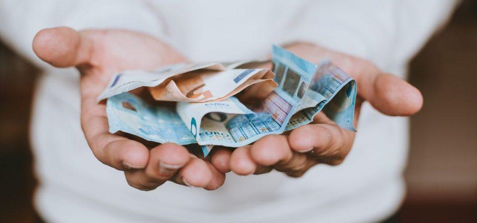 Fondi: l'81% degli azionari attivi è sotto il benchmark