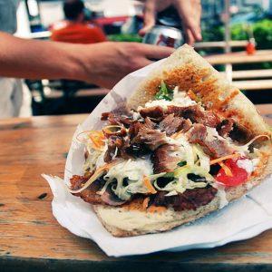 Pizza, fritti e kebab: boom di imprese, ma il 50% chiude entro 5 anni