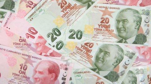 Turchia: la lira precipita, sotto tiro anche l'euro. Allarme mercati