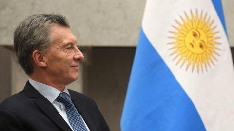 Argentina: Macri sconfitto alle primarie, vincono i peronisti