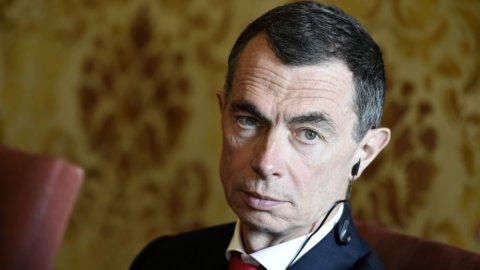 Unicredit e Finecobank preparano l'addio