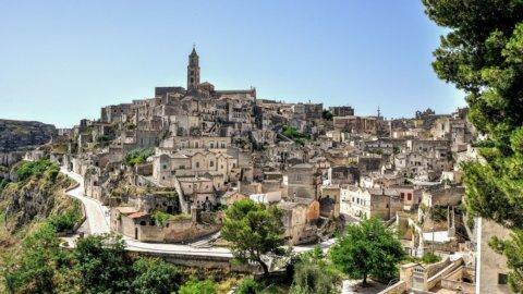 Via i tralicci da Matera: accordo tra Terna e il Comune