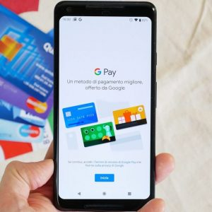 Debutta Google Pay, ma non per i clienti Intesa e Unicredit