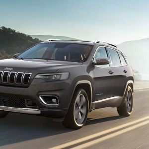 Auto: Italia maglia nera Ue. Male Fca, si salva Jeep