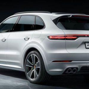 Auto: Porsche dice addio al diesel e punta tutto sull'ibrido