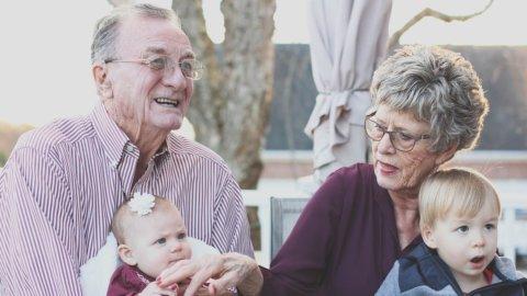 Anziani, pensionati, pensioni