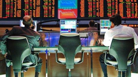 Borsa, acquisti sulle banche. Focus su  Leonardo e Atlantia