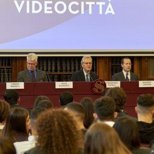 Politica e televisione, 70 anni di spot elettorali in Usa e Italia
