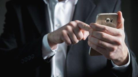 Conto corrente online: addio chiavetta, si usa lo smartphone