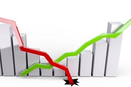 Spread su, Borsa giù: Ferragamo vola e Prysmian crolla