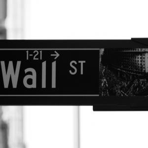 La Fed frena sui tassi e le Borse sperano nel rimbalzo