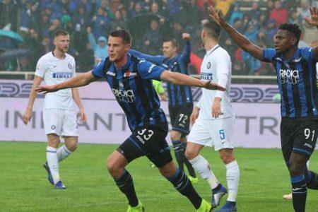 L'Inter crolla, la Roma risorge: doppio poker