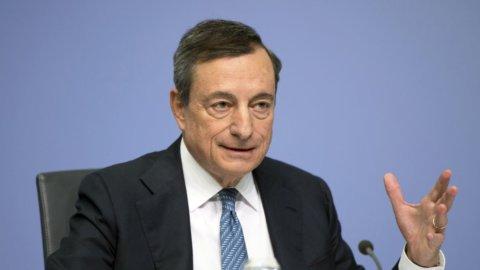 """Draghi, laurea a Bologna: """"Solo con l'Europa c'è sovranità"""""""