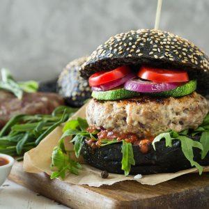 I vegani e la battaglia dell'Economist: consumeremo meno carne?