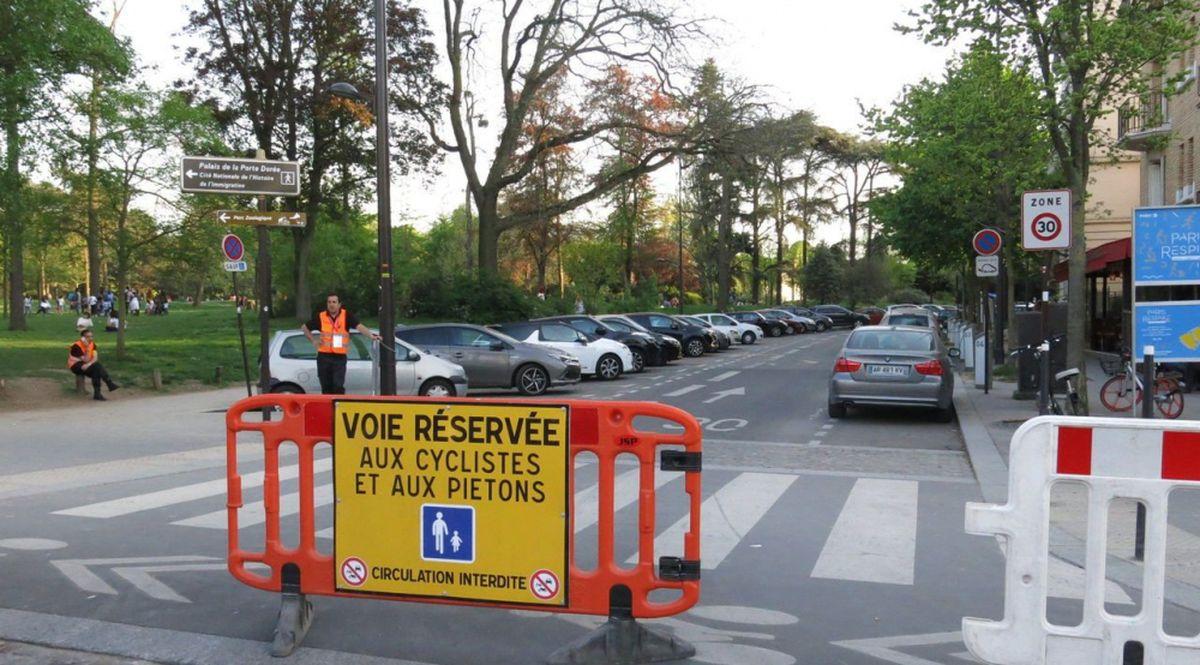 Traffico chiuso a Parigi
