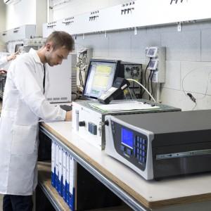 Leonardo e Solvay uniscono le forze nel Joint Lab per l'aerospazio