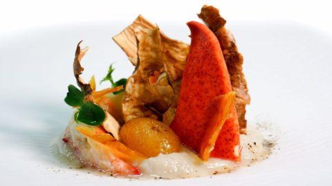 Astice, topinambur e kumquat un piatto da feste: la ricetta di Antonio Cuomo