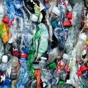 Riciclo plastica, Intesa finanzia progetto Maire Tecnimont