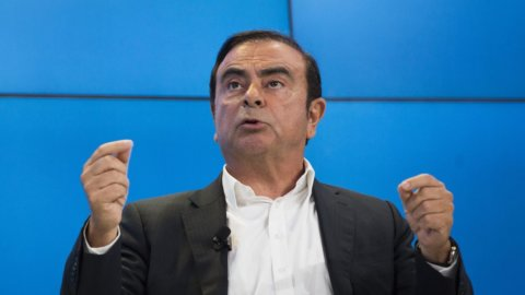 Renault-Nissan, Ghosn scappa in Libano