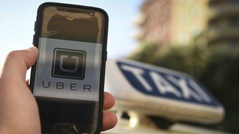 Taxi e Ncc, uno scontro decennale: tutta la storia dall'inizio