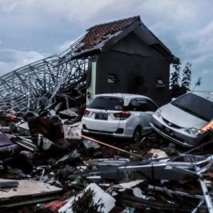 Tsunami in Indonesia: più di 280 morti e mille feriti