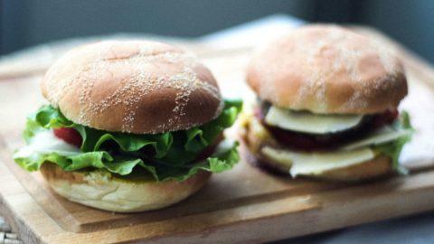 Instagram, l'hamburger il piatto a domicilio più fotografato del 2018