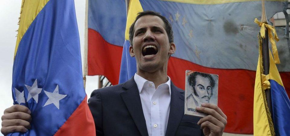 Venezuela: Maduro e Guaidò, braccio di ferro con occhio all'esercito