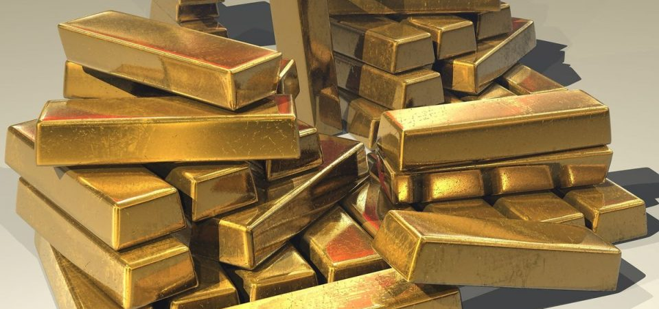 Oro al record e petroliferi e high-tech danno slancio alla Borsa