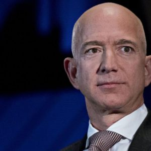 Trump-Bezos: Amazon contesta maxi-contratto a Microsoft