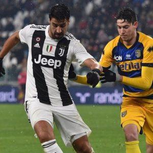 La Juve si fa beffare dal Parma e il Napoli ne approfitta
